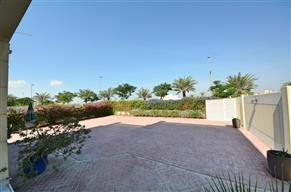 Spacious four bedroom villa on 5400 Plot