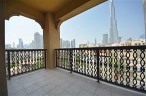 Fully Upgraded I Burj View I 2BR + study