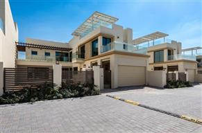 4 bed brand new villa