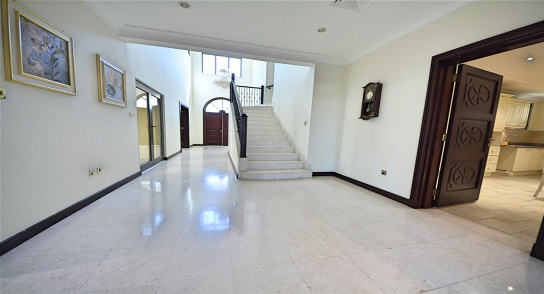Amazing Price I 4/5 Bed I Atrium Entry I
